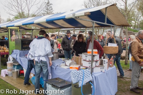 06-apr-2014-streekmarkt-011.jpg