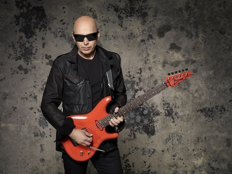 joe-satriani-photo-credit-larry-dimarzio_04_014-jpg.jpg