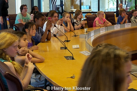 21-05-2014_kinderplatform-raadzaal-flip_van_as_02.jpg
