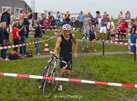 triathlon_23_1_van_1.jpg