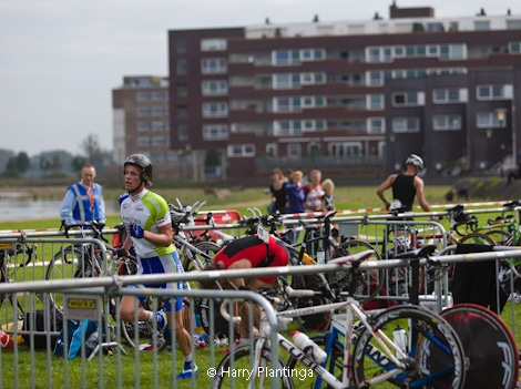 triathlon_30_1_van_1.jpg