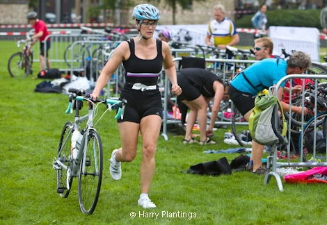 triathlon_8_1_van_1.jpg