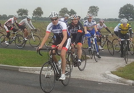 renners_in_actie_tour_de_countus_2014.jpg