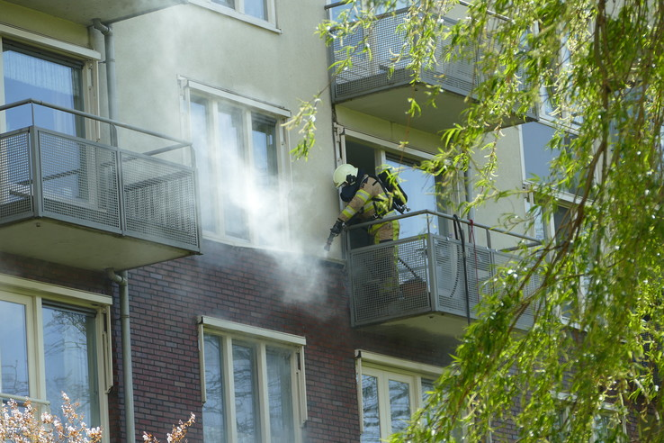 Evacuatie door brand in woonzorgcentrum Fermate - Foto: Hannie Liefers