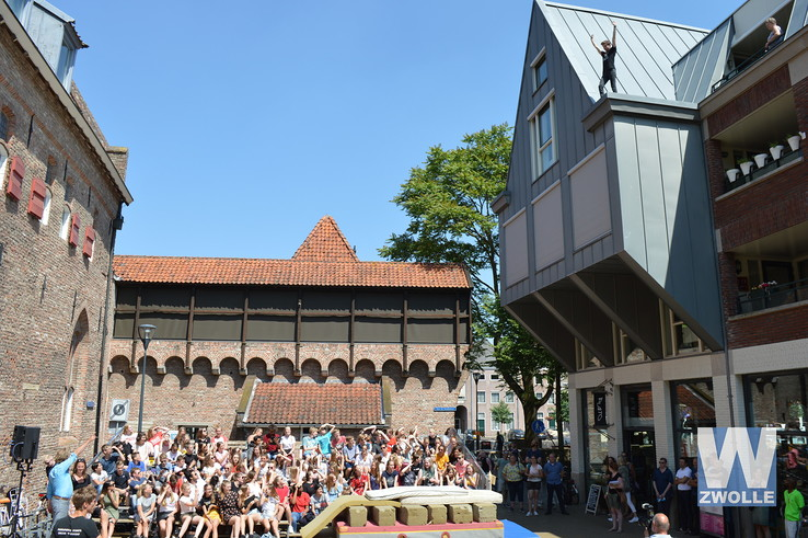 Spectaculaire opening Festival Woest - Foto: Hennie Vrielink