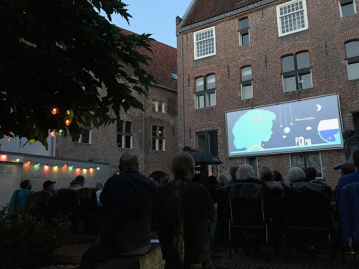 Extra zomerse Pop Up Cinema Fraterhuis in het Celekwartier - Foto: Eigen foto