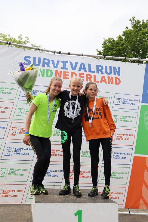 Gwen Kelderman Nederlands kampioen Survivalrun