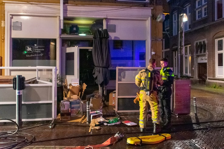 Brand in studentencafé blijkt defecte rookmachine - Foto: Peter Denekamp
